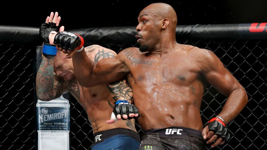 <label><a href='https://mvpboxing.com/news/jones-dominant-from-start-easily-keeps-ufc-title-' class='headline_anchor'>Jones dominant from start, easily keeps UFC title </a></label><br />Jones beats Smith with one-sided decision
